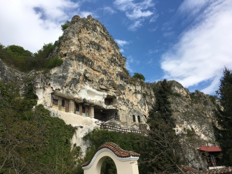 eglise dans la roche 4